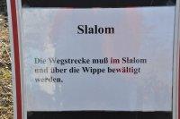 Slalom-und-Wippe